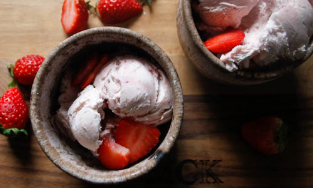 Easy Strawberry Icecream